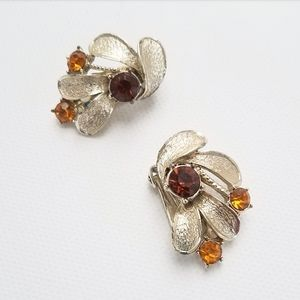 Coro Vintage Gold Tone Clip On Earrings